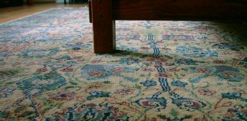 carpet underlining with newspaper